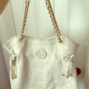 Tory Burch White Hobo bag.